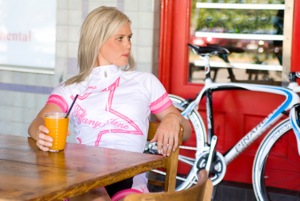 Australian Specialized-Lululemon rider Tiffany Cromwell relaxing at a cafe